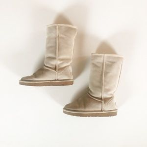 Classic UGG Boots in Sand